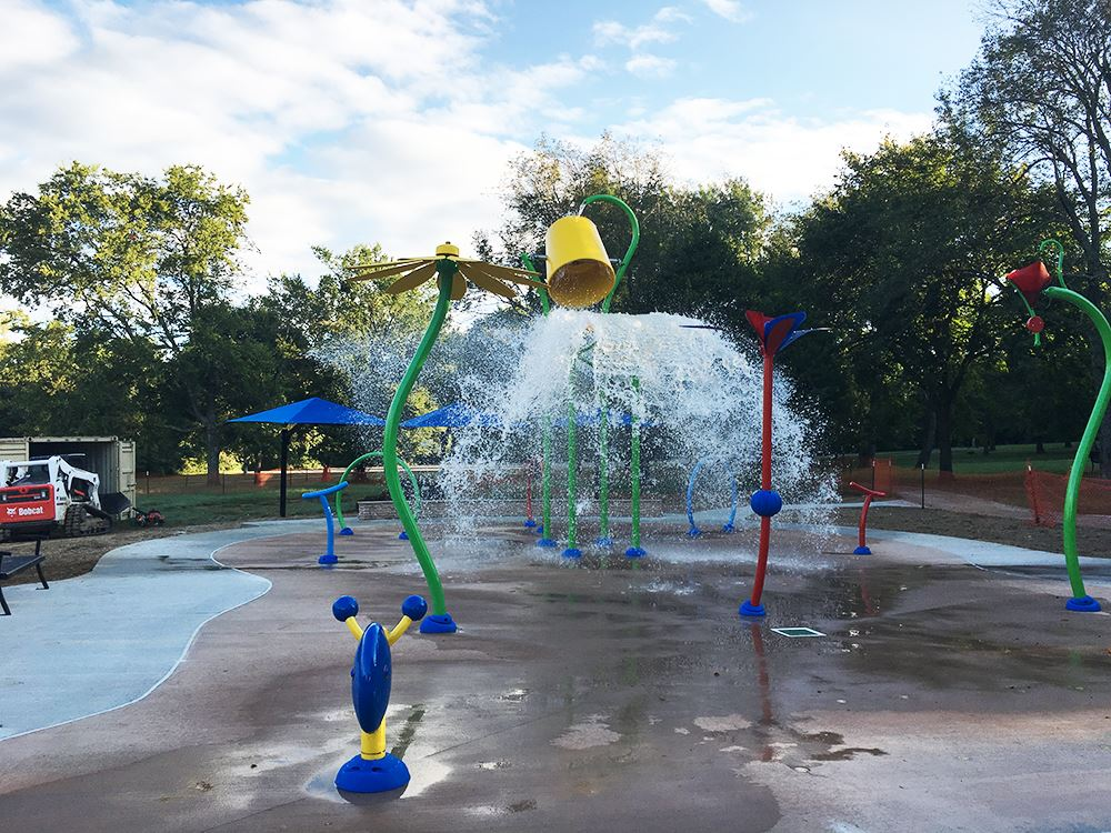splash pad bucket lo res
